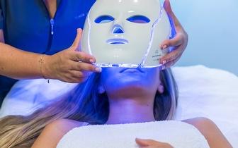 Rosto Cuidado: Sessão de Fototerapia com Máscara LED por 29€ no Carregado!